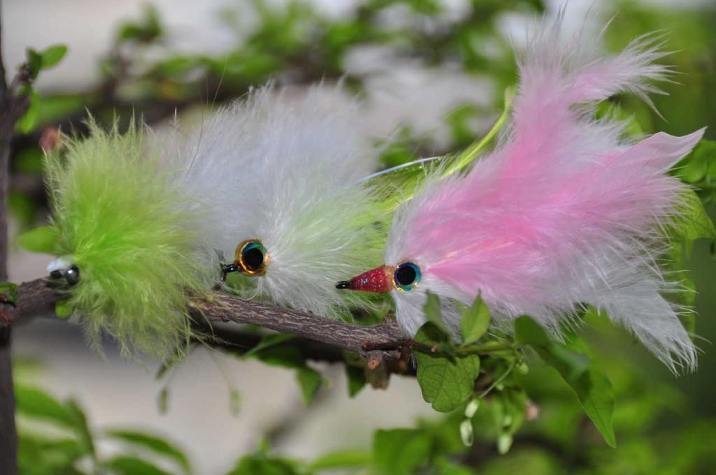 feather_flies